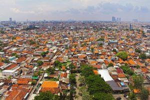 (印尼的第二大城泗水。來源:sharonang)